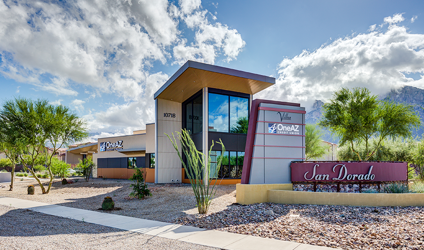 Outdoor shot of new Oro Valley branch